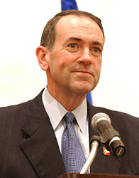 196px-Mike_Huckabee_speaking_at_HealthierUS_Summit.jpg
