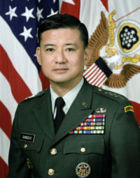 200px-Eric_Shinseki_official_portrait.jpg